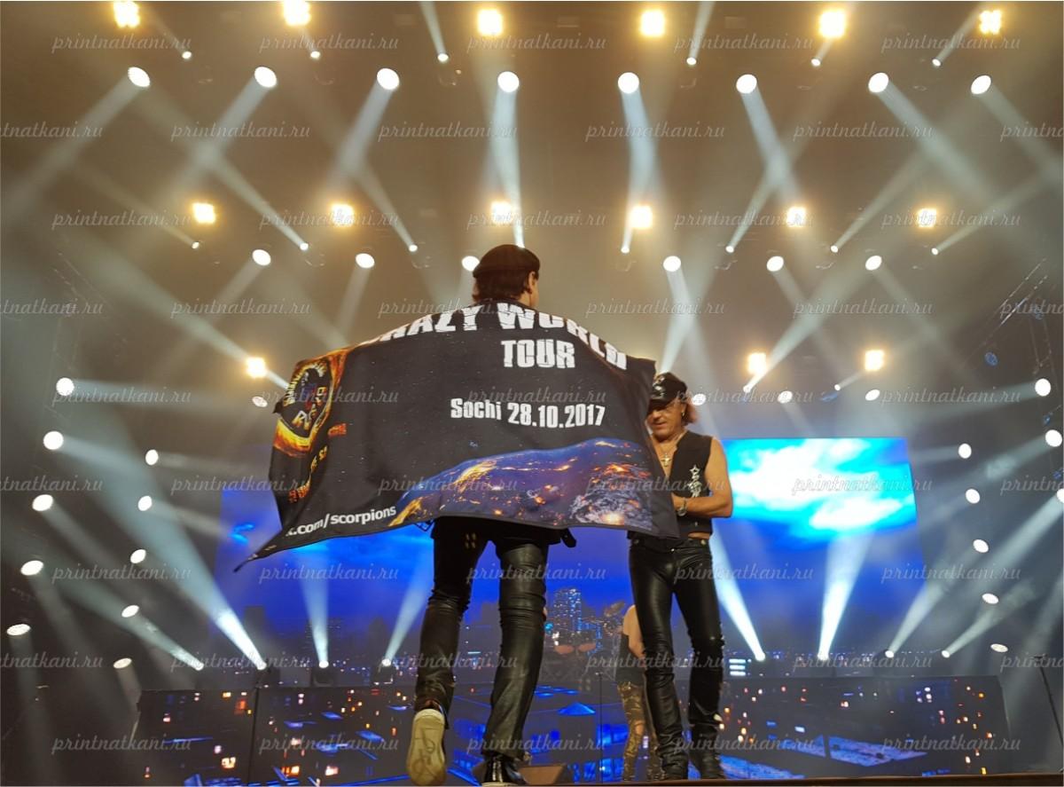 флаг на концерте Scorpions