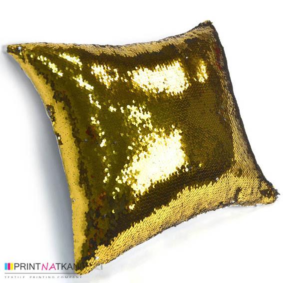 Печать фото на подушке с пайетками