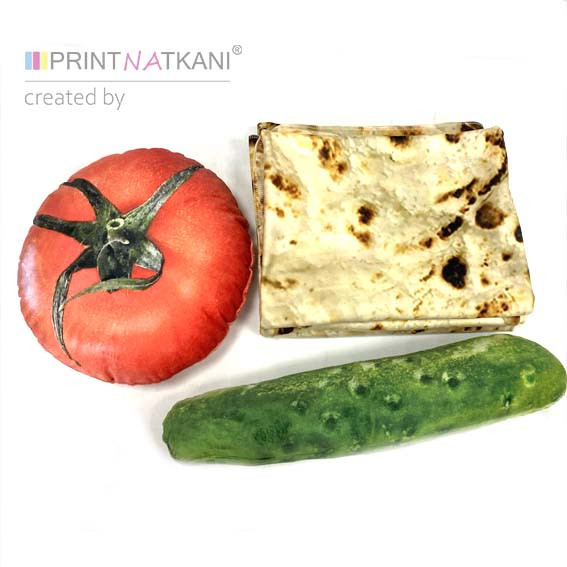 Комплект с пледом и помидором